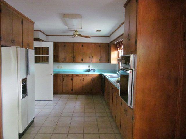 225 Perkins Ln, Batesville, MS 38606 - realtor.com® on