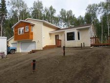 470 Hillside Dr, Fairbanks, AK 99712