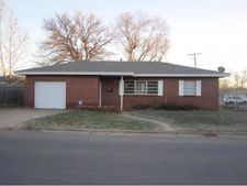 514 E College Ave, Weatherford, OK 73096
