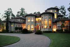 22 Glensheen Way, The Woodlands, TX 77382