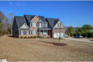 4275 Old Furnace Rd, Chesnee, SC 29323