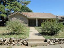800 Lakeview Dr, Mineral Wells, TX 76067