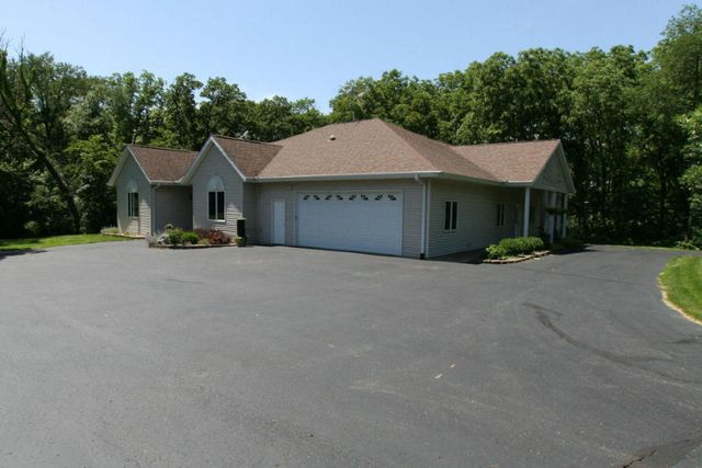 5609 n county road f janesville wi 53545 home for sale