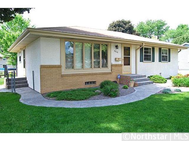 4828 Monroe St NE Columbia Heights, MN 55421