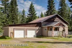 7032 Sweren Loop, Fairbanks, AK
