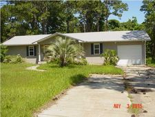 30 Jefferson St, Eastpoint, FL 32328