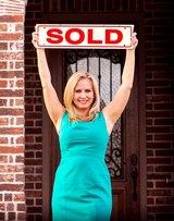 TINA                    CRISP Real Estate Agent