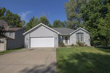 4418 W South Pinebrook Ln, Columbia, MO 65203