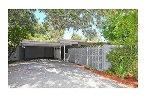 3665 South Ct, Palo Alto, CA 94306