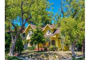 2102 N Bronson Ave, Los Angeles, CA 90068