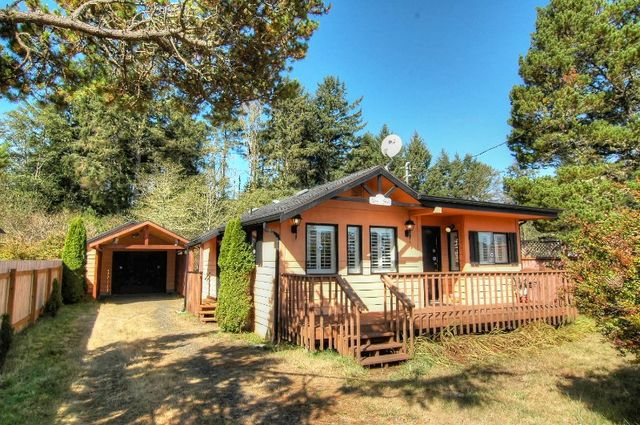 205 grand army st westport wa 98595 home for sale and for Houses for sale westport