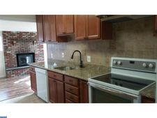 284 N Olds Blvd, Fairless Hills, PA 19030