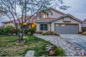 4527 Cinnabar Ave, Palmdale, CA 93551
