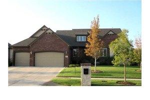 13615 E Ayesbury St, Wichita, KS 67228