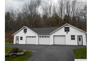 1677 Spruceton Rd, Lexington, NY 12452
