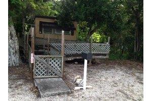 18 Tina Pl, Key Largo, FL 33037