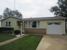 3509 Marion Ave, Mattoon, IL 61938