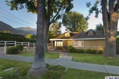188 N Canon Ave, Sierra Madre, CA