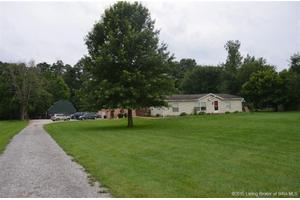 8595 State Road 64, Georgetown, IN 47122