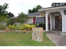 2275 Pine View Cir, Sarasota, FL 34231