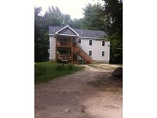 52 Clark Rd, Londonderry, NH 03053
