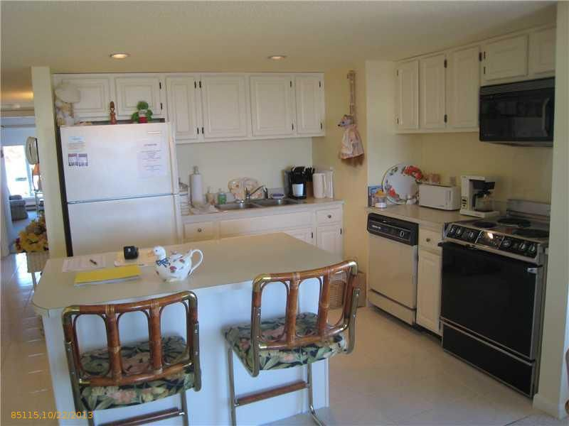 1 Seacliff Ave Apt 3 A Old Orchard Beach Me 04064