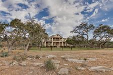 600 Wolf Creek Ranch Rd, Burnet, TX 78611