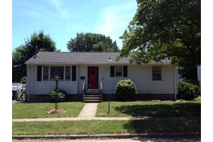 25 Arlmont St, Milford, CT 06461
