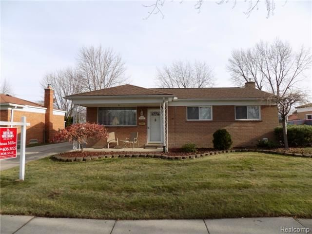 30256 Pinto Dr Warren Mi 48093 Home For Sale And Real