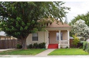 317 N School St, Stockton, CA 95240
