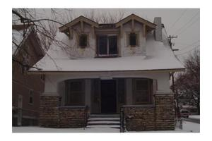 3300 College Ave, Kansas City, MO 64128
