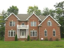 172 Curtis Dr, Johnstown, PA 15904