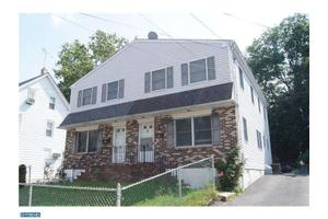 30 Maple Ter, Clifton Heights, PA 19018