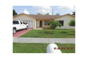 11019 SW 168th Ter, Miami, FL 33157