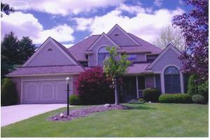 3325 Fieldstone Dr, Flushing, MI 48433