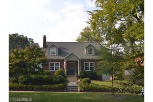 1807 W Friendly Ave, Greensboro, NC 27403