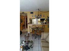 6801 Harding Ave Apt 204, Miami Beach, FL 33141