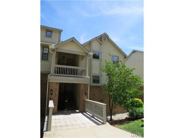 12944 Bryce Canyon Dr Apt F Maryland Heights, MO 63043