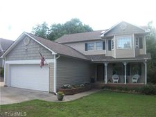 2803 Lake Hill Ct, High Point, NC 27265