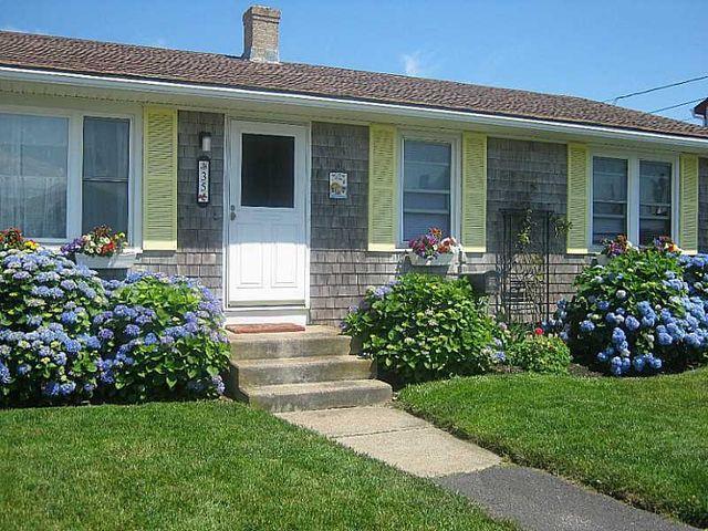 35 Major Arnold Rd Narragansett Ri 02882 Home For Sale