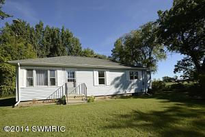 12219 Bellevue Rd, Battle Creek, MI 49014