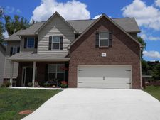 806 Concord Crossing Ln, Knoxville, TN 37934
