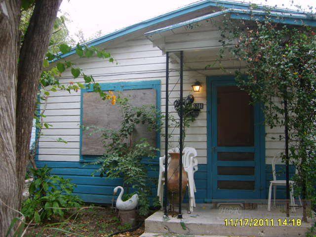 1206 S L 1/2 St, Harlingen, TX 78550