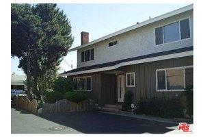 25002 Eshelman Ave, Lomita, CA 90717