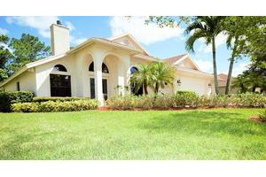 8505 SW Sea Captain Dr, Stuart, FL 34997