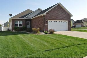 7405 E 103rd Ave, Crown Point, IN 46307