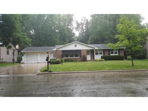 2616 He Nis Ra Ln Green Bay Wi 54304 Home For Sale And Real Estate Listing