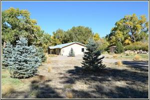 89 Bosque Rd, Algodones, NM 87001
