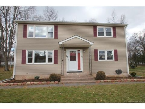 30 32 Lownds Dr, Windsor Locks, CT 06096