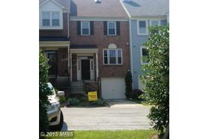 8620 Delcris Dr, Montgomery Village, MD 20886